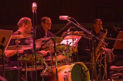 muzycy (od lewej): Grzegorz Poliszak, Lesław Matecki, Wiesław Wysocki